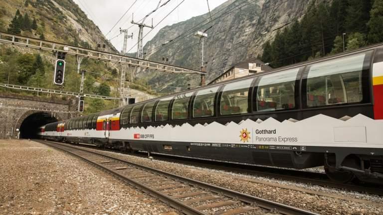 Gotthard Panorama Express Panoramawagen