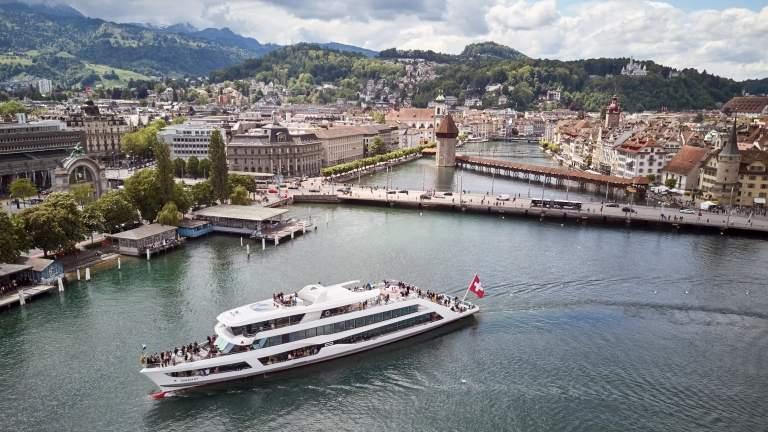Der Vierwaldstaettersee und die Stadt Luzern