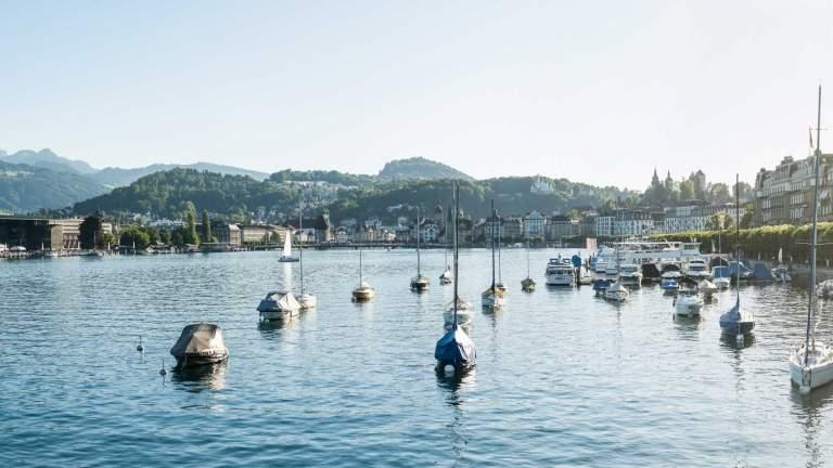Seeufer Luzern mit Blick aufs KKL