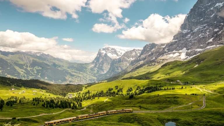 Kleine Scheidegg mit Blick auf die Eigernordwand