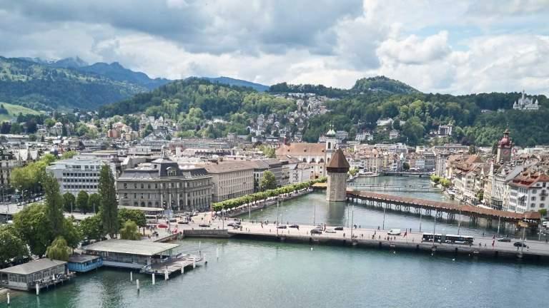 tell-pass mit Luzern im Bild im Sommer